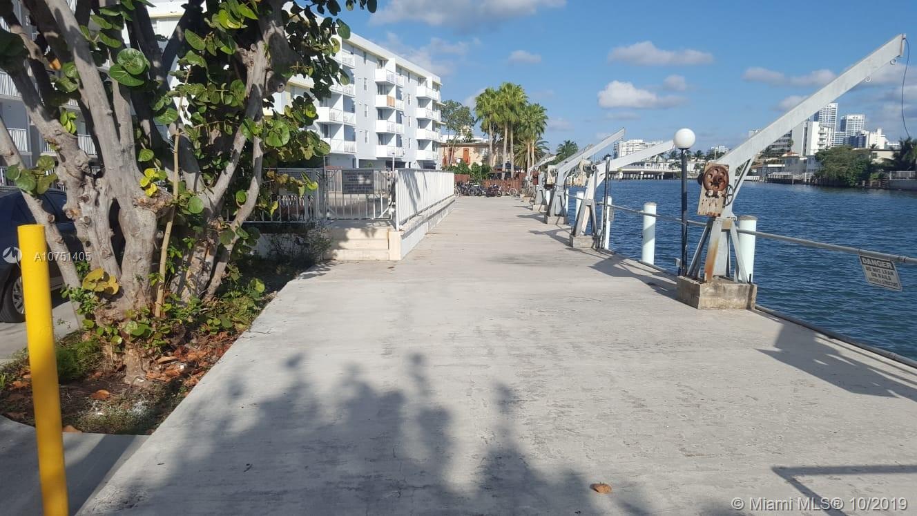 130 S Shore Dr #5C For Sale A10751405, FL