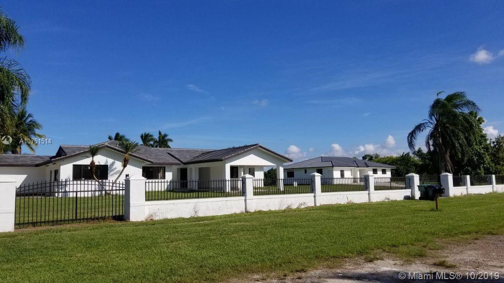 19305 SW 207th Ave, Miami, FL 33187