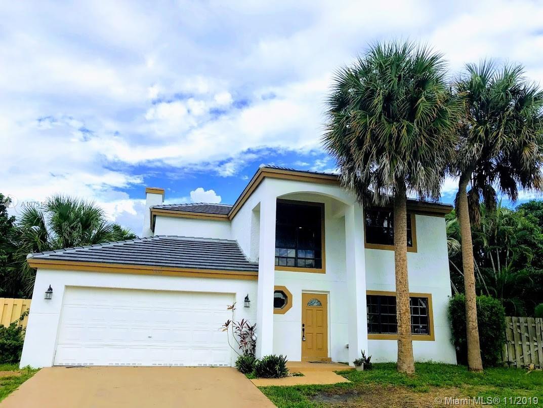 8801 SW 13th St, Pembroke Pines, FL 33025