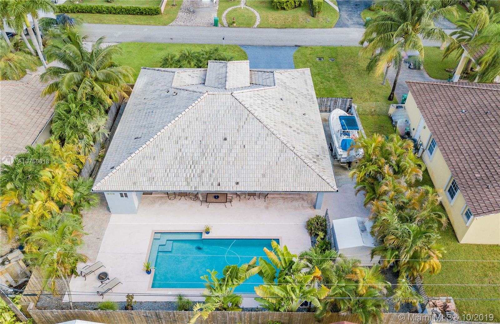 9960 NW 27th Ter  For Sale A10750618, FL