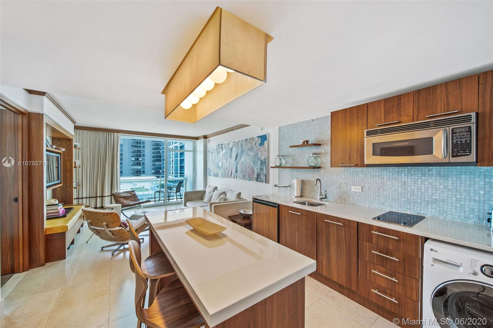 6801  Collins Ave #914 For Sale A10750716, FL