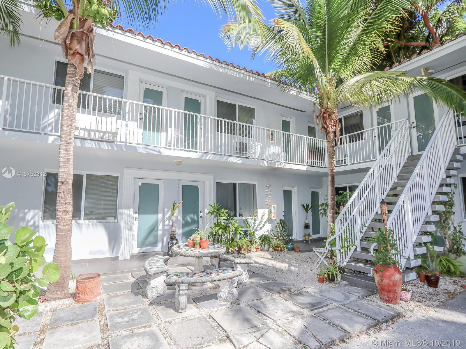 61  Edgewater Dr #4 For Sale A10752312, FL