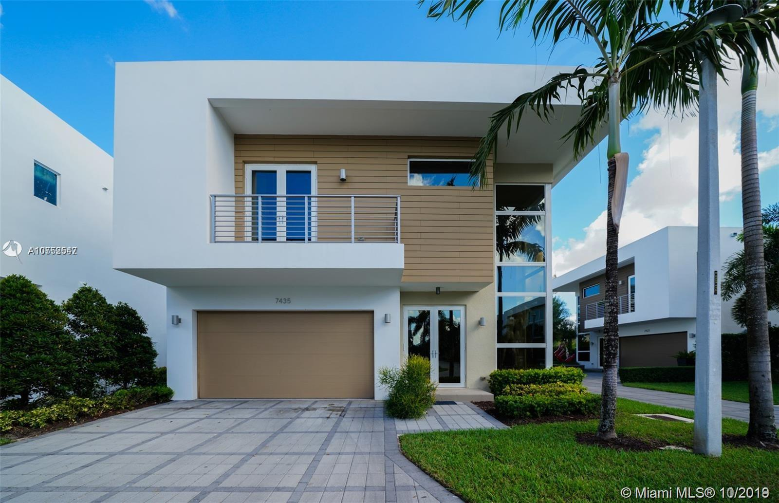 7435 NW 97th Ct  For Sale A10752547, FL