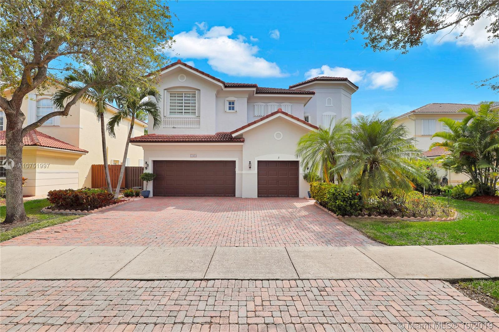 11212 NW 71st Ter  For Sale A10751997, FL