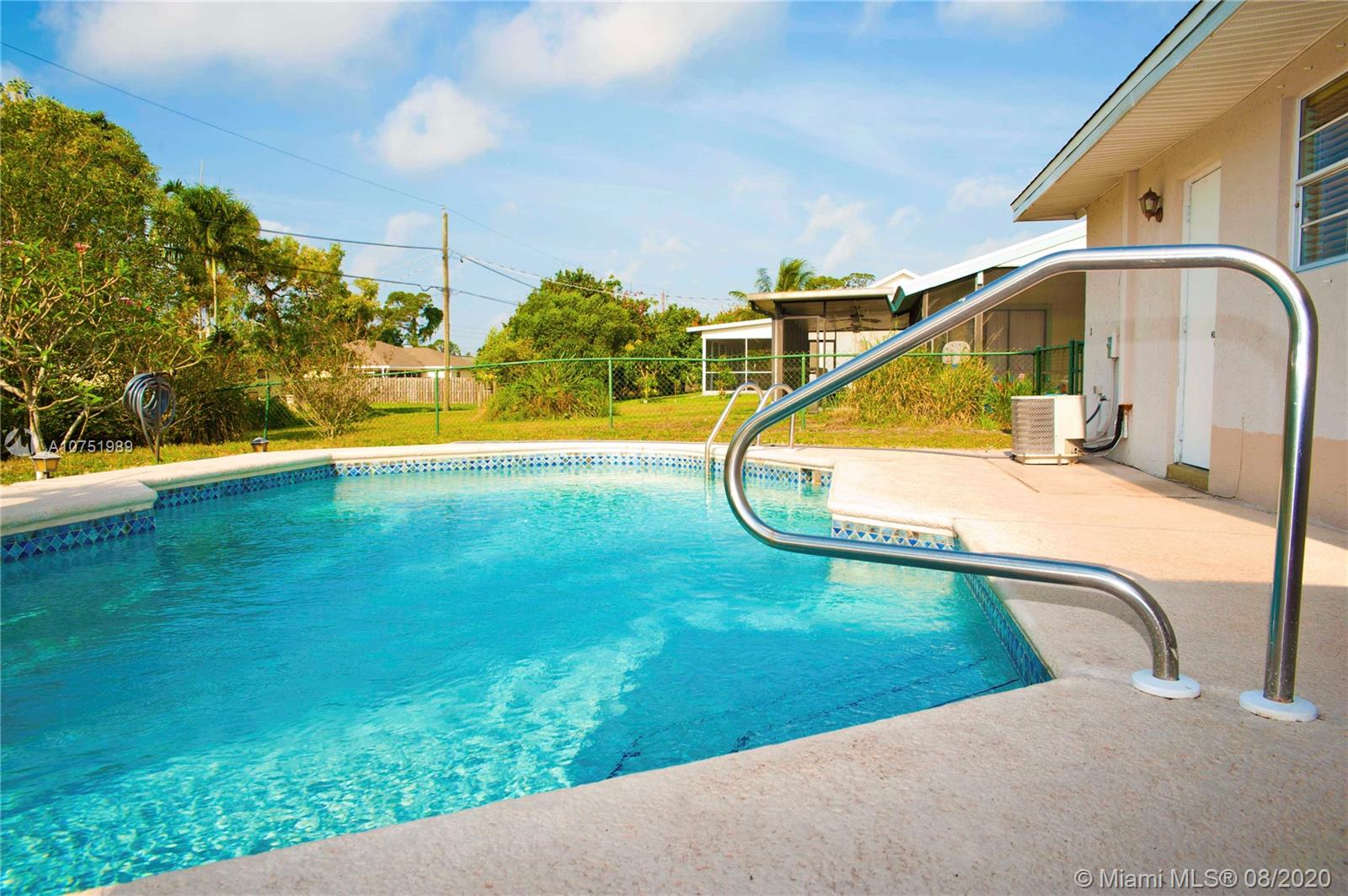 458 SE DOAT ST, Port St. Lucie, FL 34983