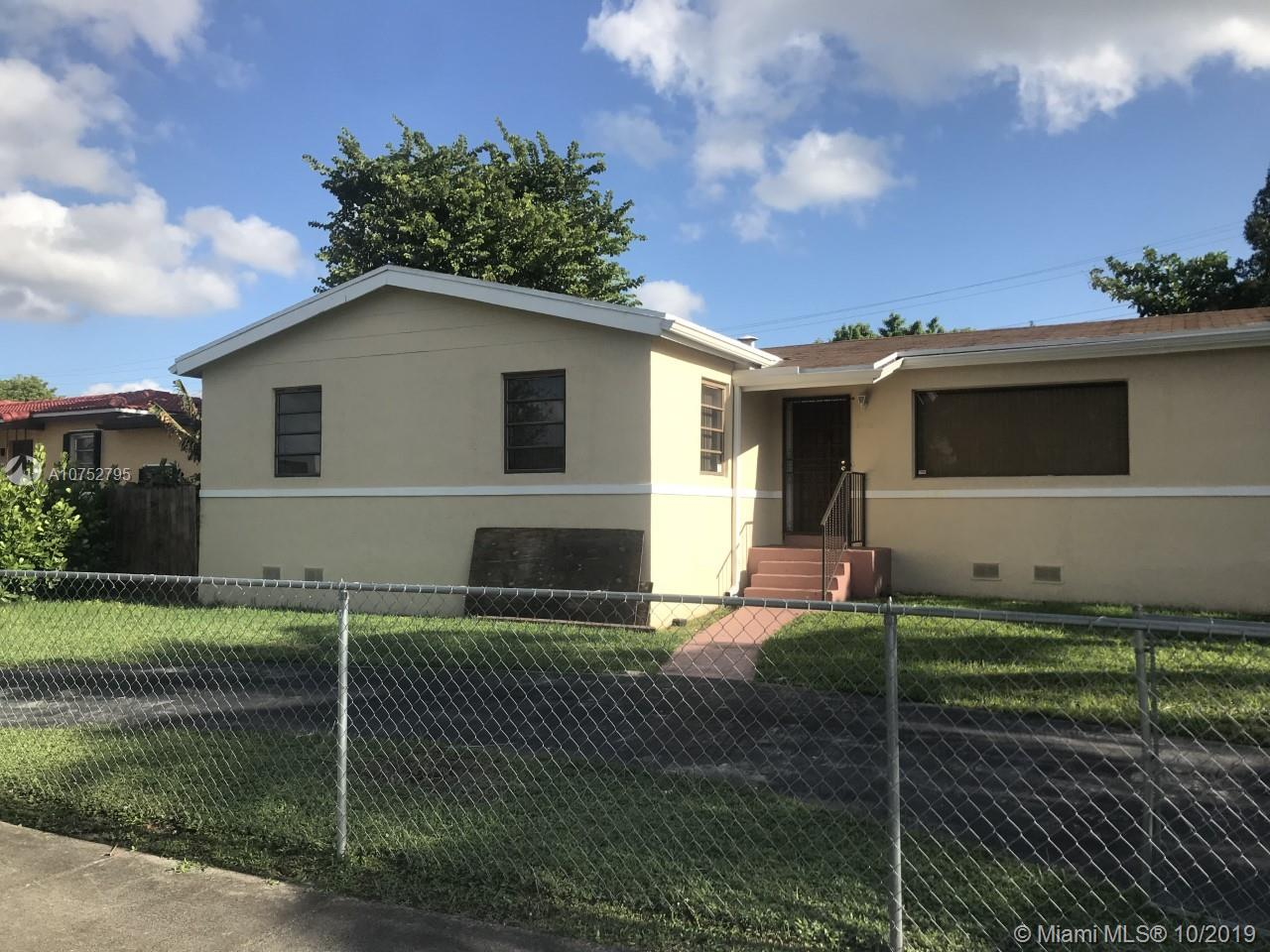 8250 S W 25th St  For Sale A10752795, FL