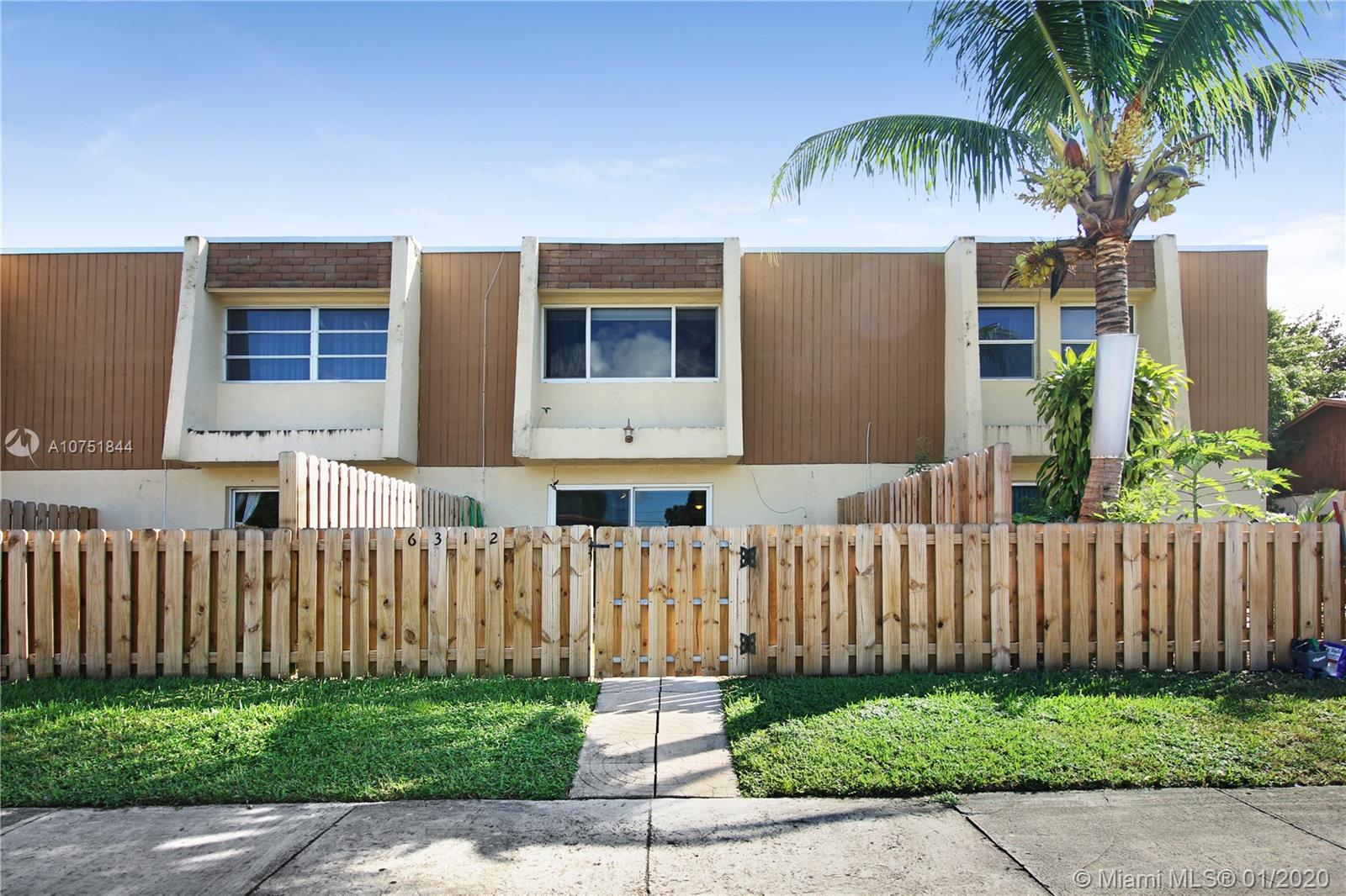 6312  Moseley St #6 For Sale A10751844, FL