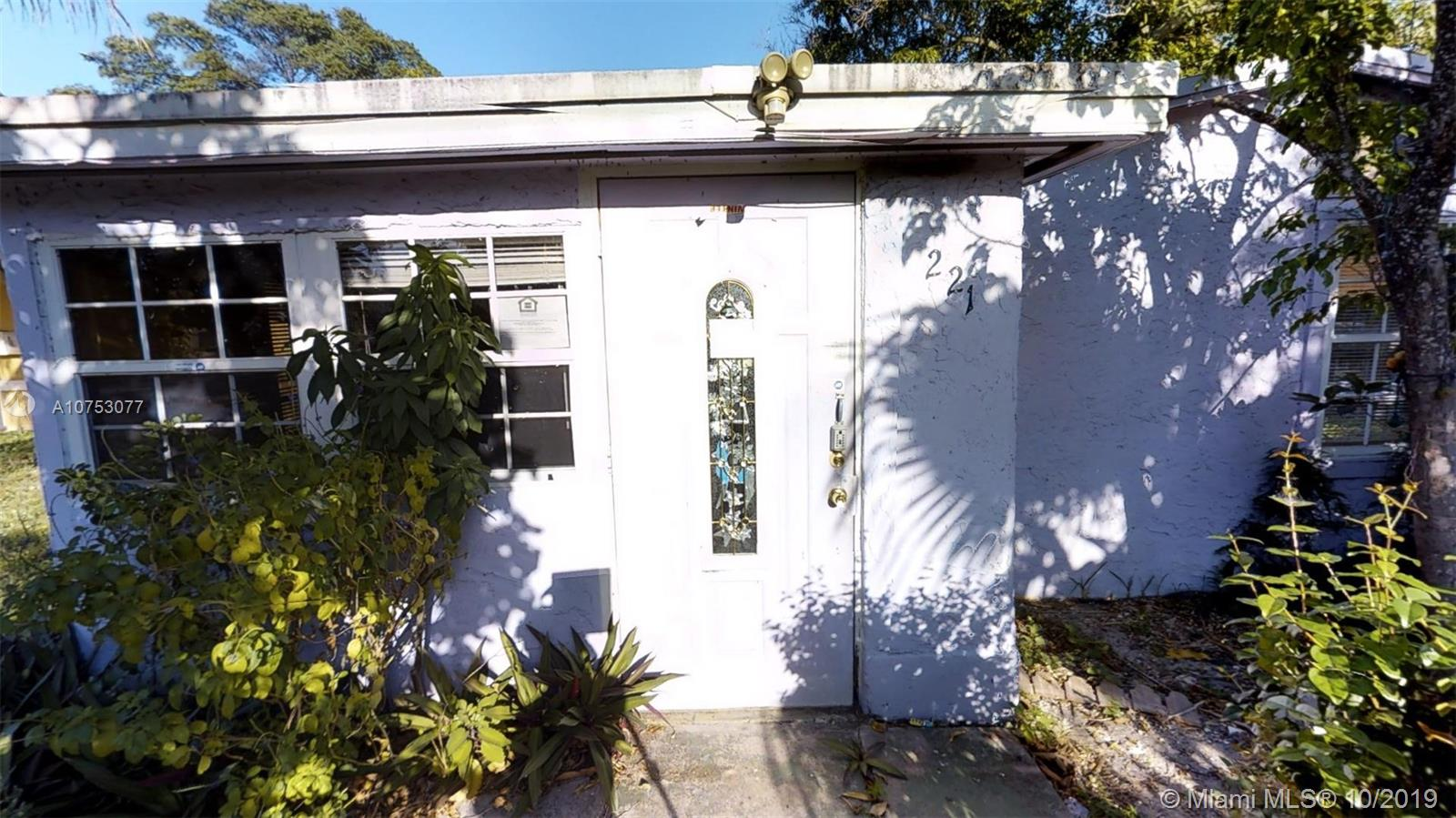 221 SW 3rd Ave  For Sale A10753077, FL