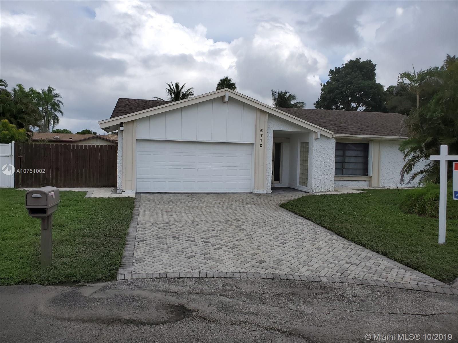 6710 NW 25th Way, Fort Lauderdale, FL 33309