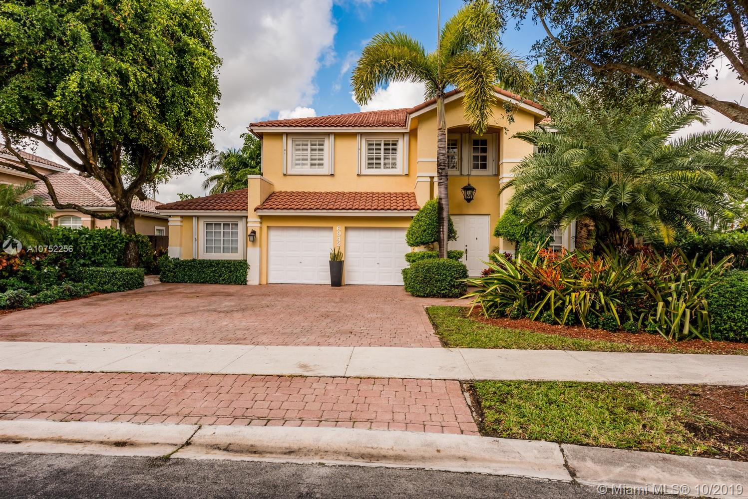 6942 NW 112th Ave  For Sale A10752256, FL