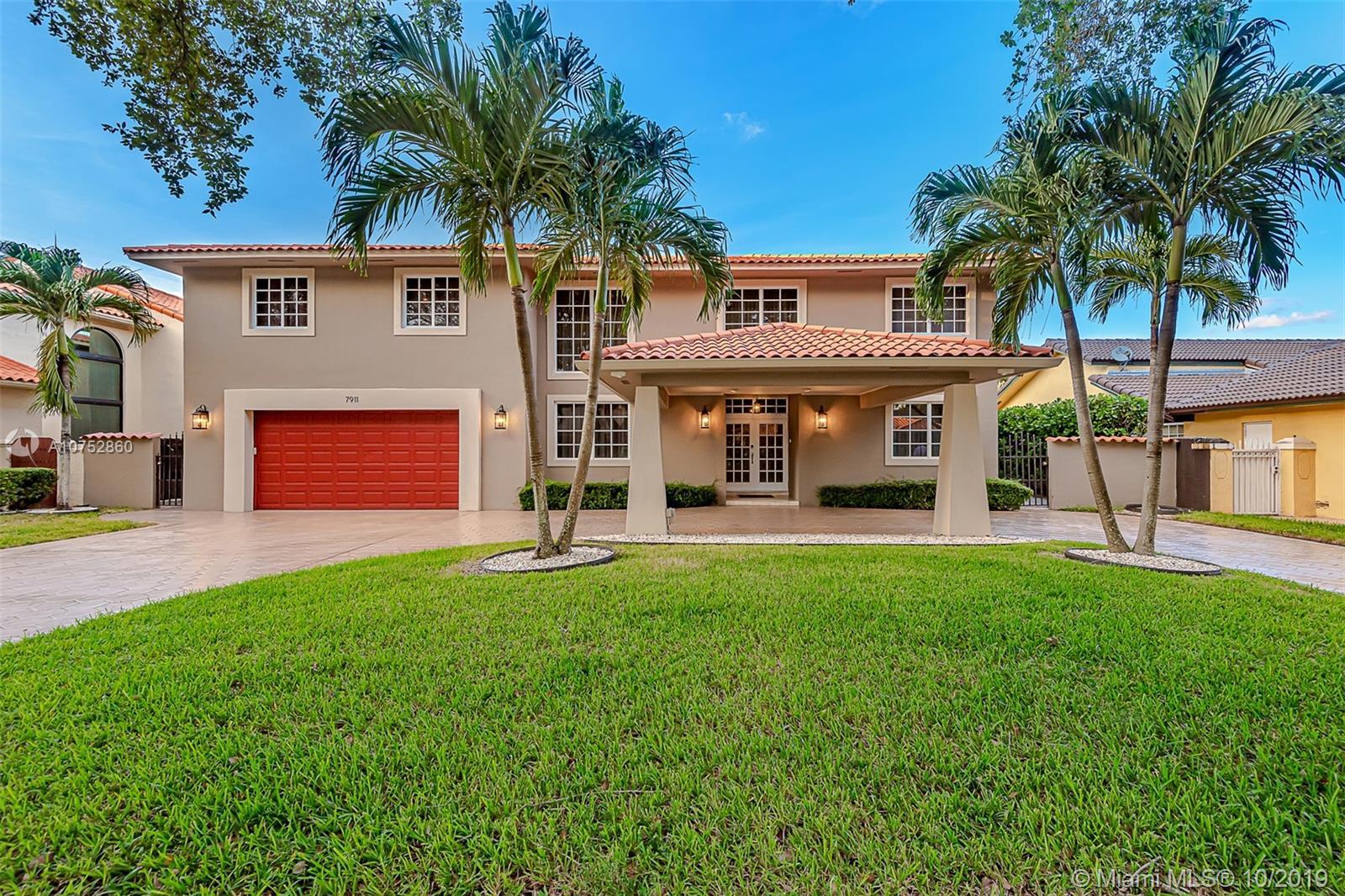 7911 NW 169th Ter, Miami Lakes, FL 33016