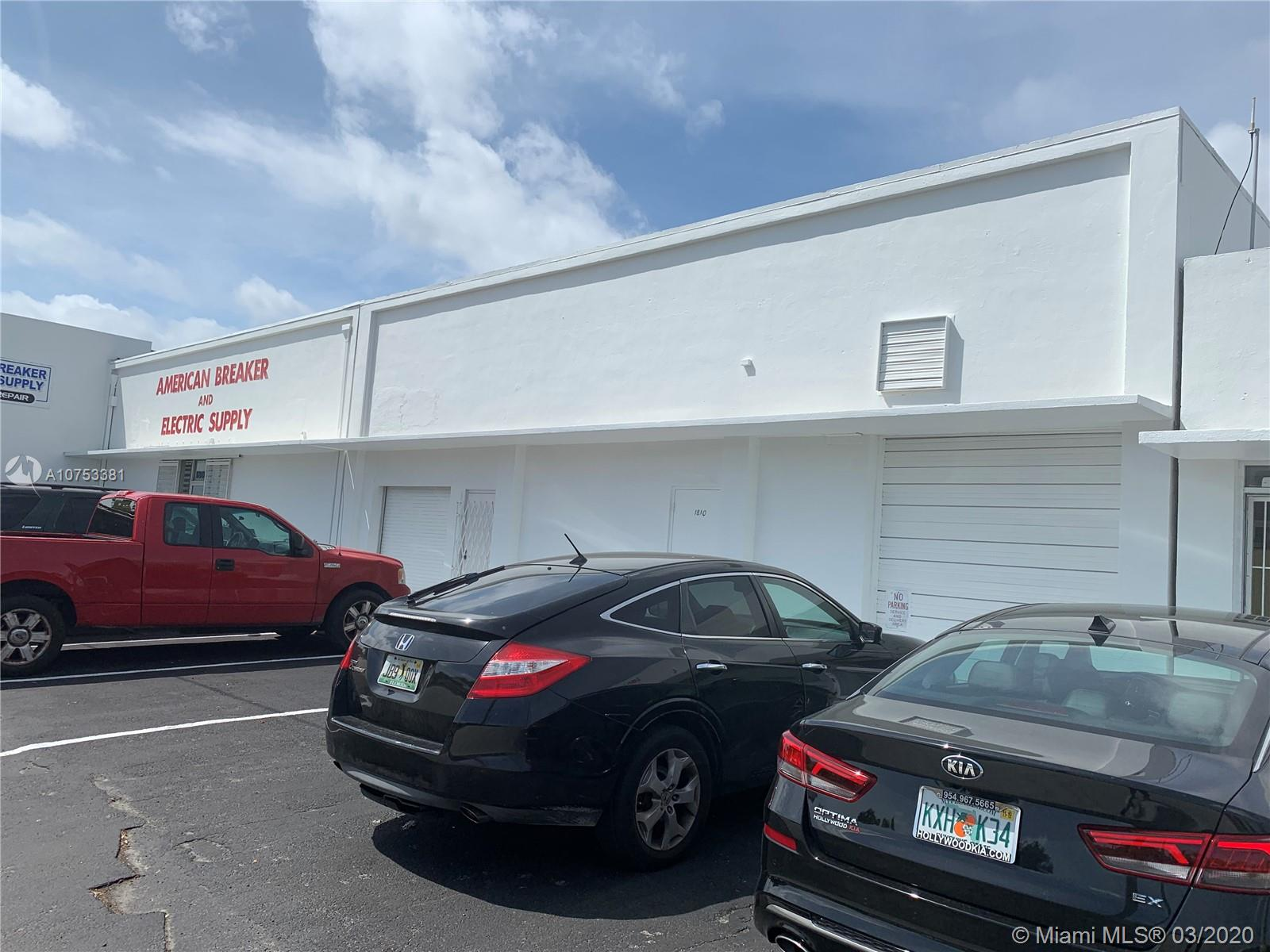 1810 N Dixie Hwy  For Sale A10753381, FL