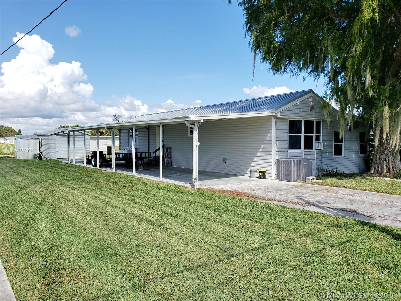 1026 Lemon St, Other City - In The State Of Florida, FL 34974