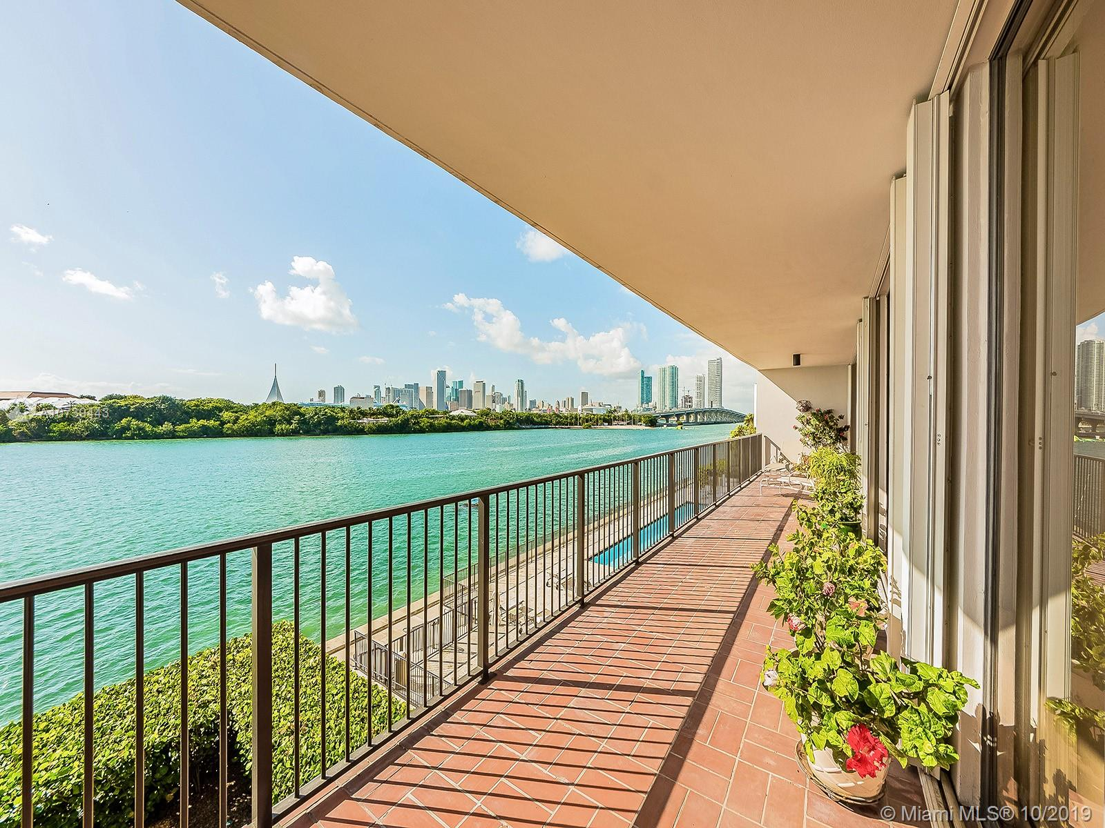 1000  Venetian Way #301 For Sale A10739443, FL