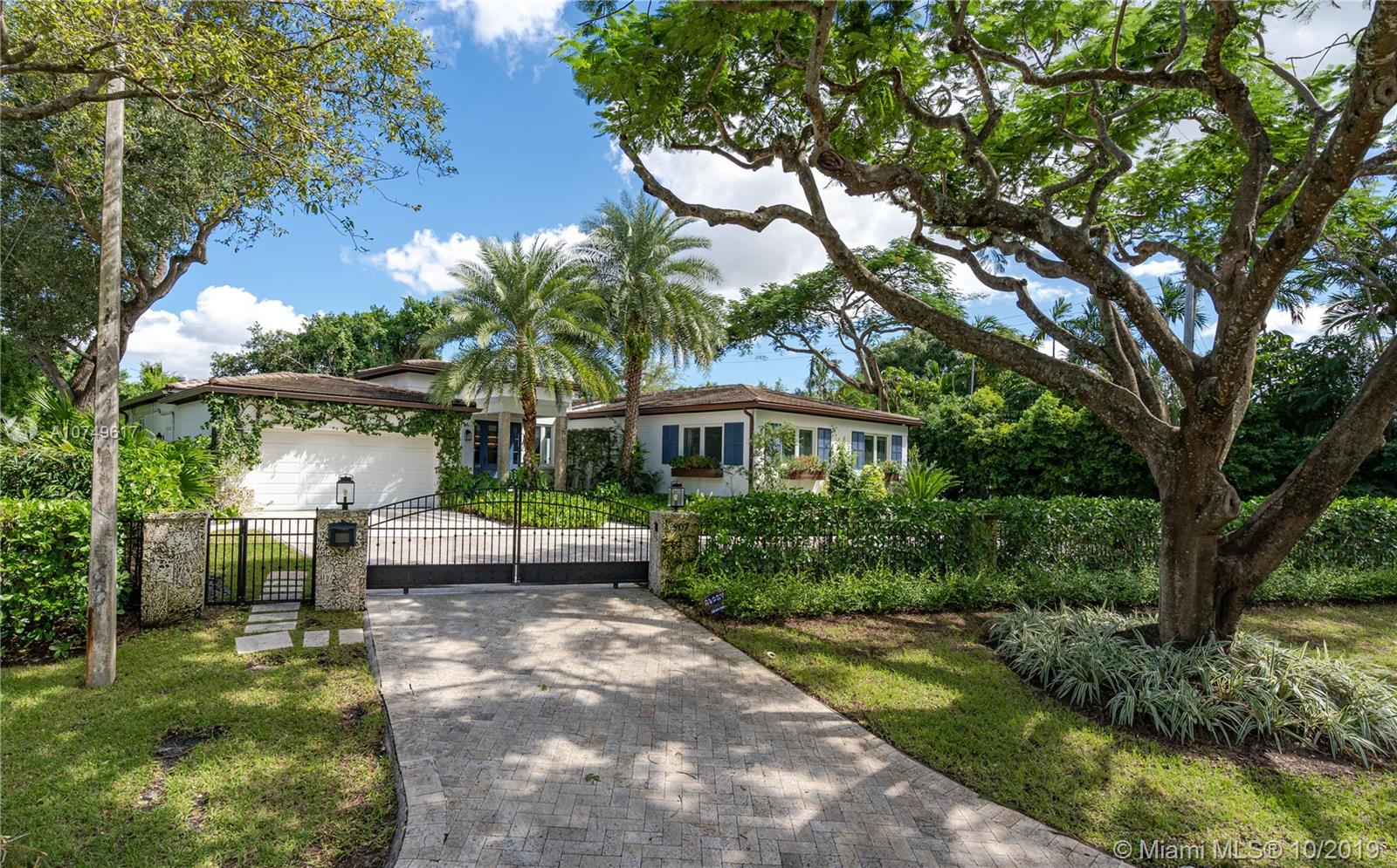 907  Jeronimo Dr  For Sale A10749617, FL