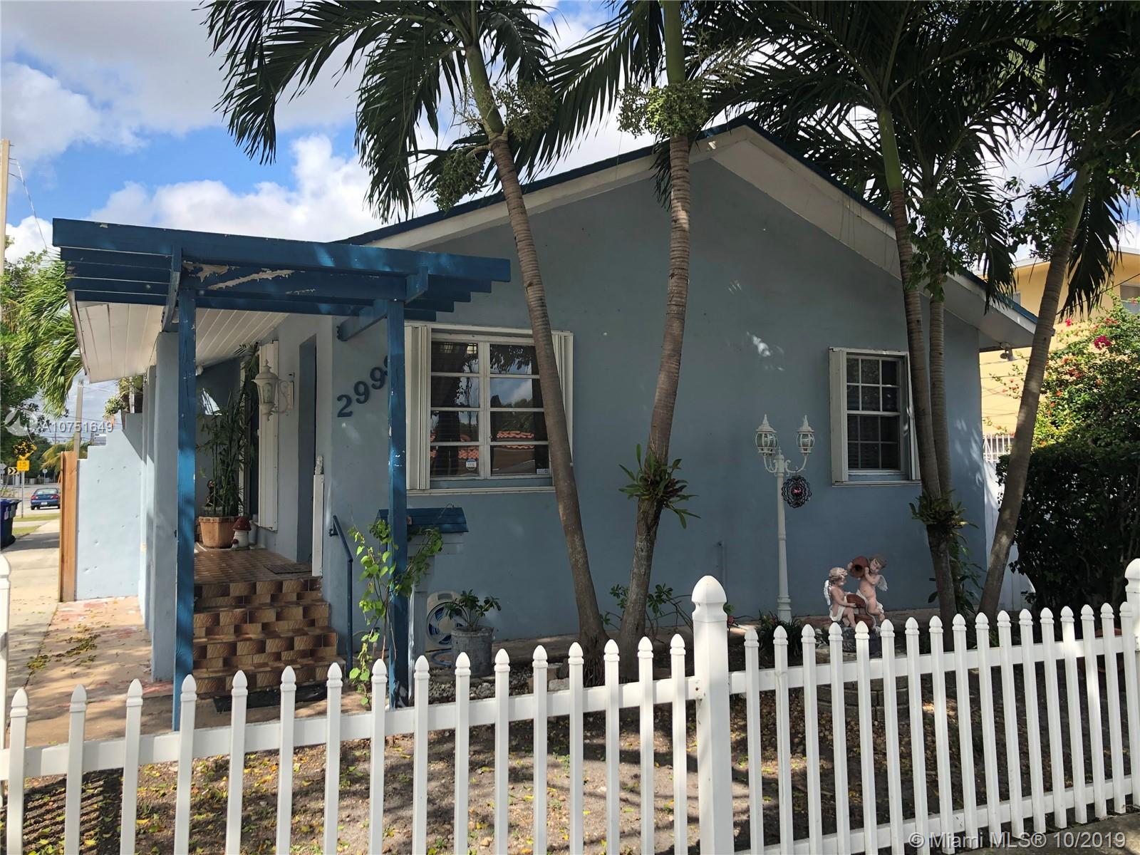 2999 SW 17th St  For Sale A10751649, FL