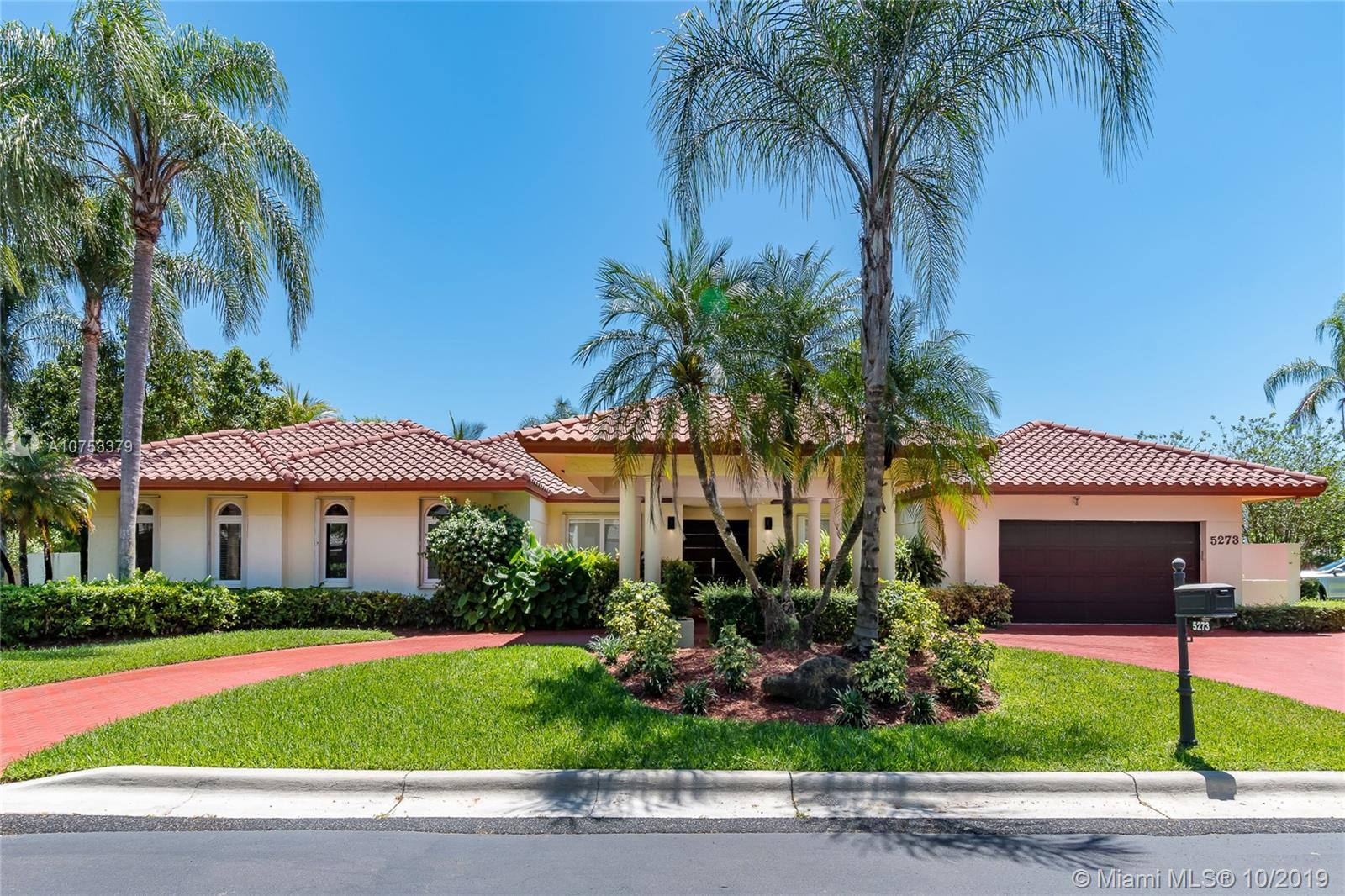 5273 NW 94th Doral Pl  For Sale A10753379, FL