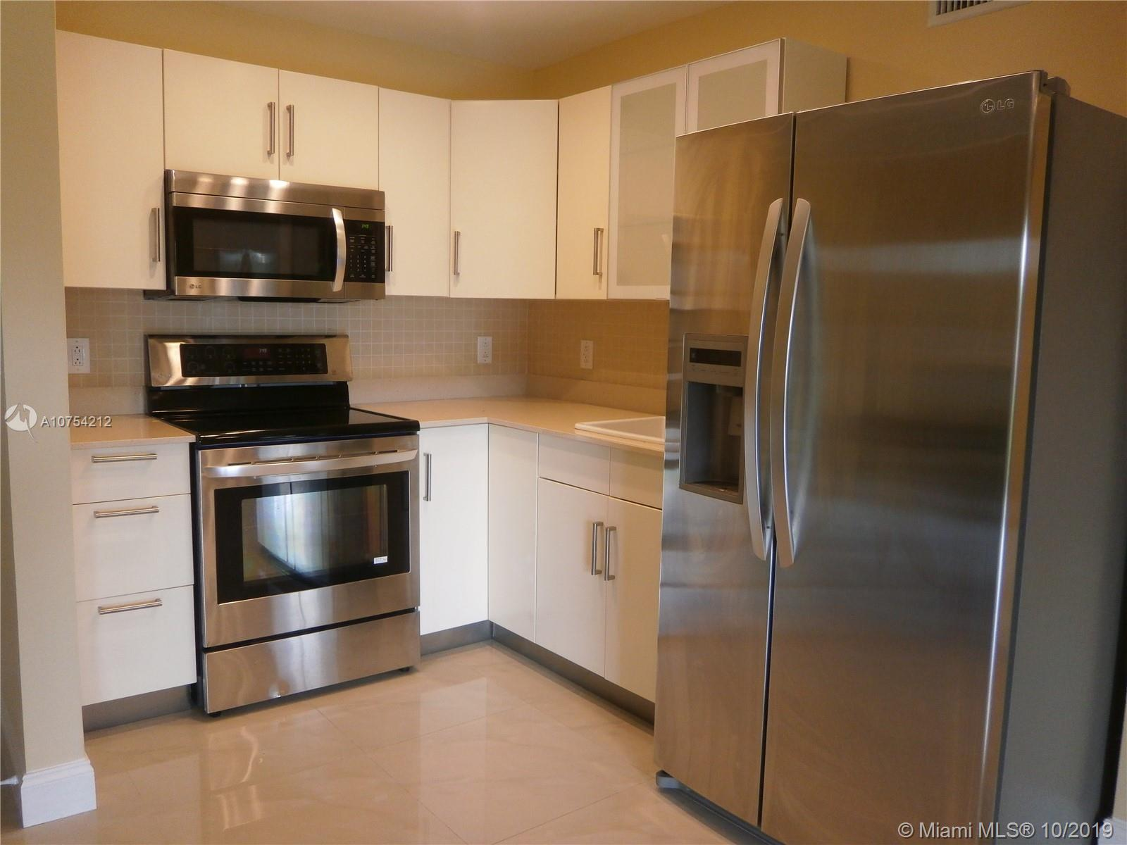 9459 SW 76th St #R4 For Sale A10754212, FL