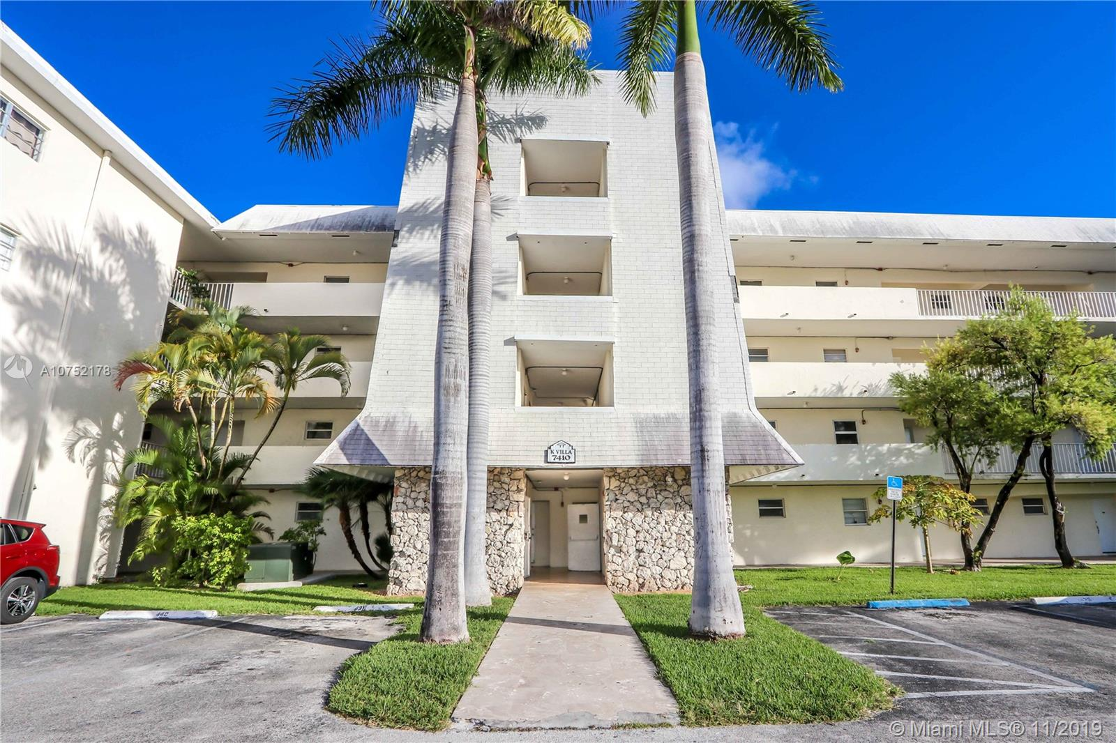 7410 SW 82nd St #K405 For Sale A10752178, FL