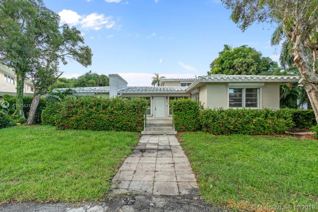 907 N Northlake Dr  For Sale A10754312, FL