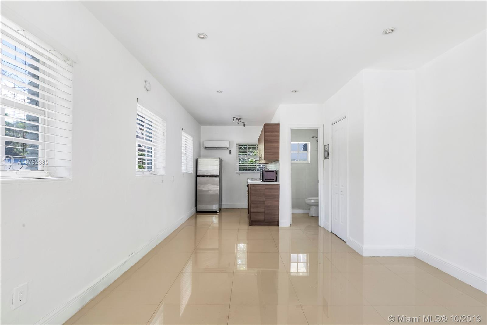 551 N E 61st St #1 For Sale A10752380, FL