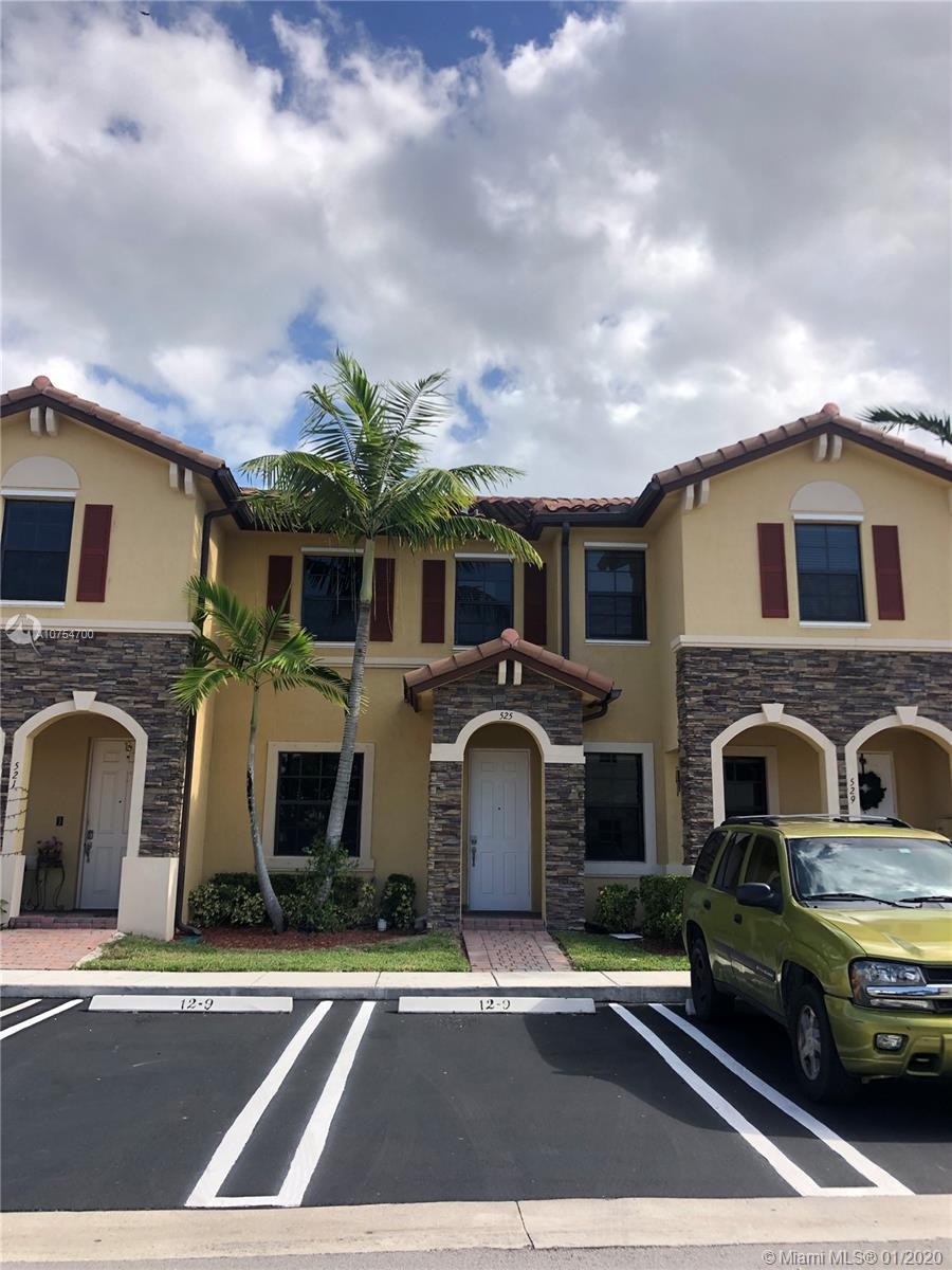 525 SE 32nd Ter  For Sale A10754700, FL
