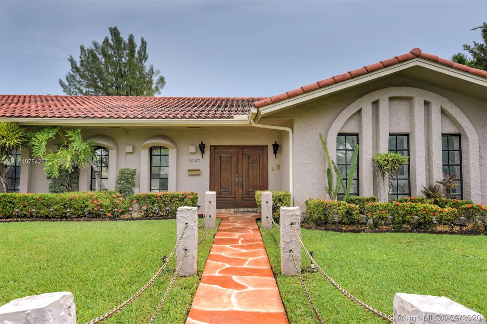 19721 NE 22nd Ave  For Sale A10754267, FL