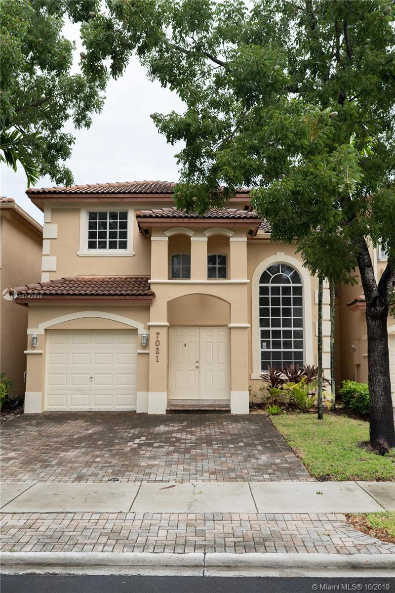 7021 NW 114 th Ct.  For Sale A10742838, FL