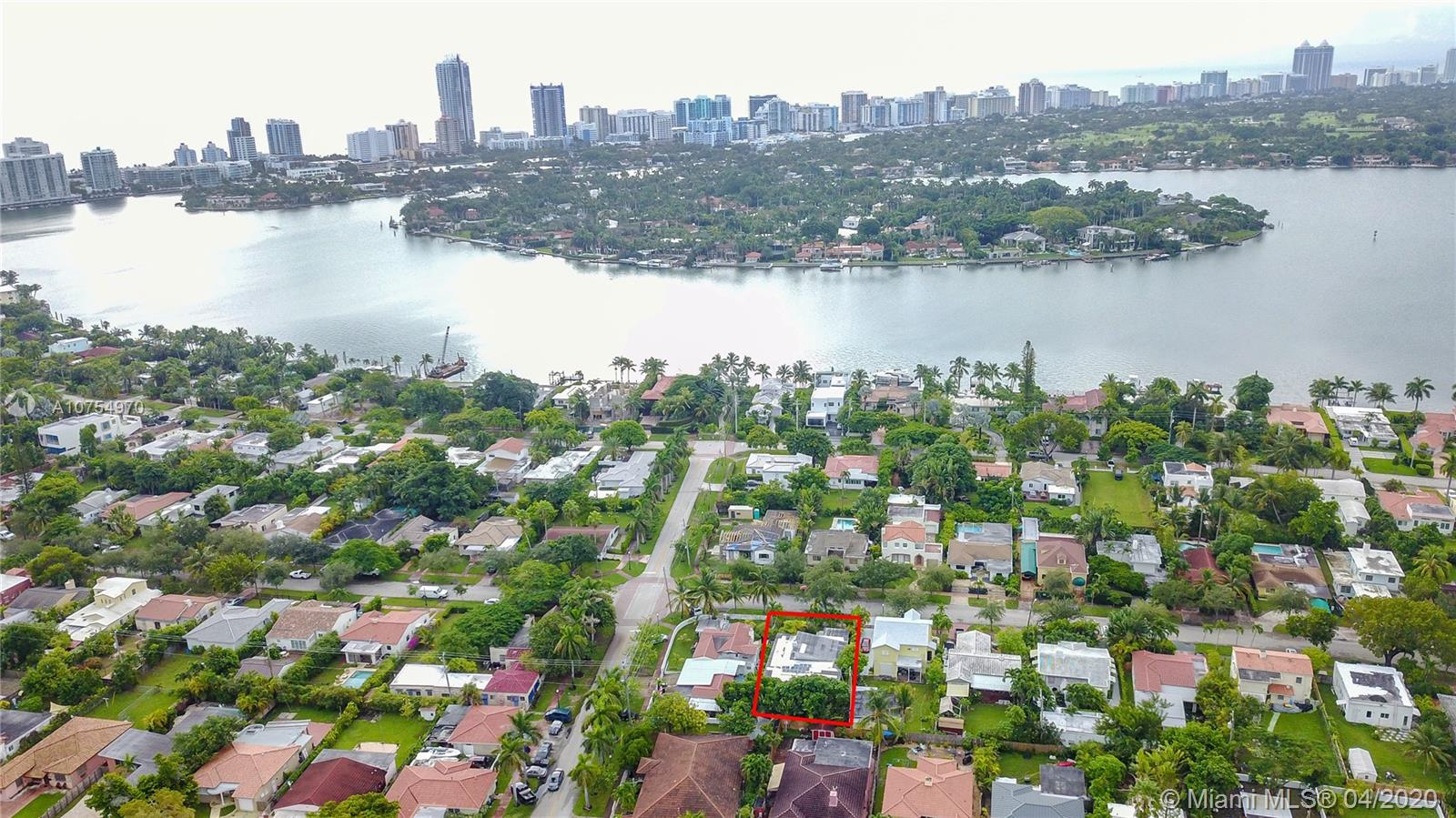 1519  Biarritz Dr  For Sale A10754970, FL