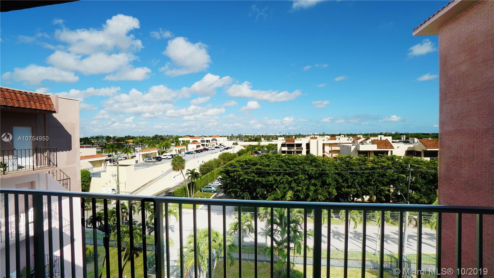 900 SW 84th Ave #507A For Sale A10754950, FL