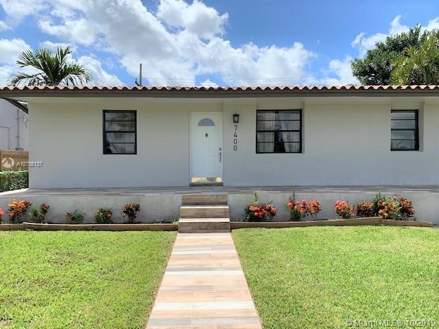 7400 SW 38th St  For Sale A10755137, FL