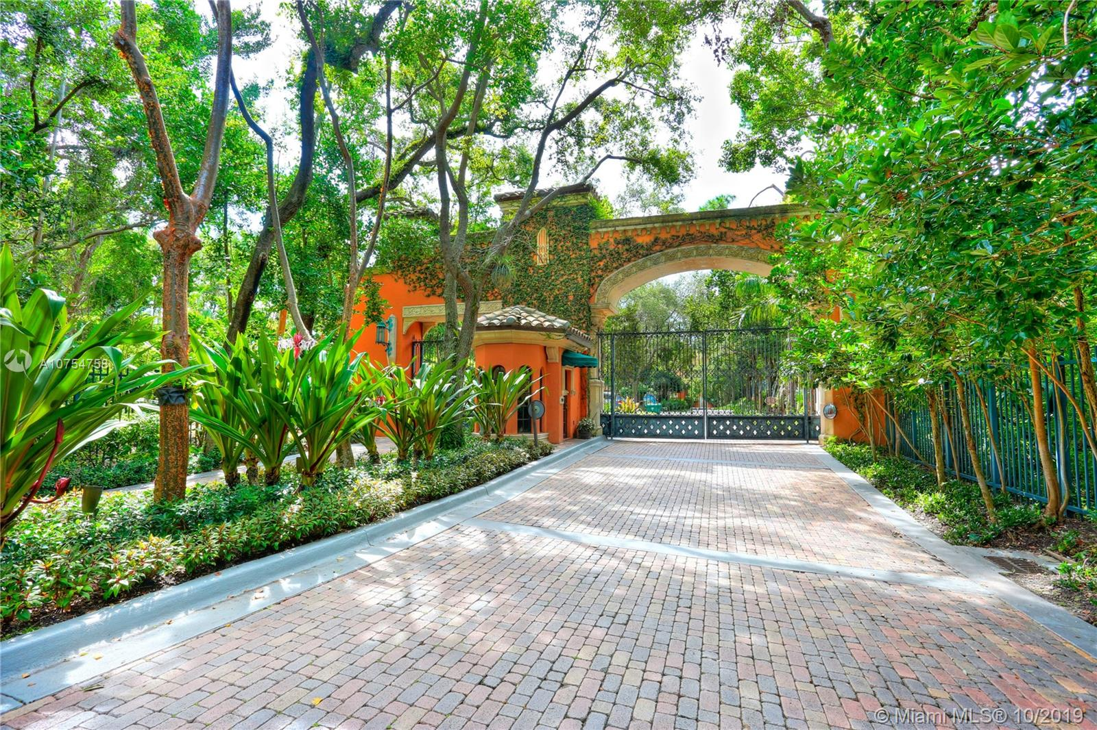 3471  Main Hwy #310 For Sale A10754758, FL