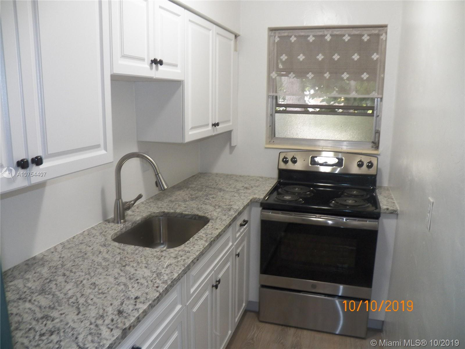 2524  Hayes St #9 For Sale A10754407, FL