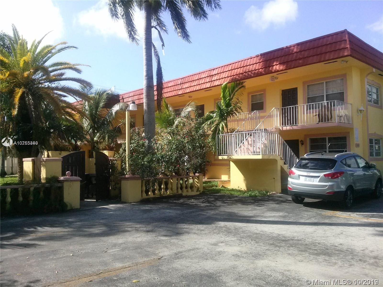 1826  Cleveland St #8 For Sale A10755340, FL