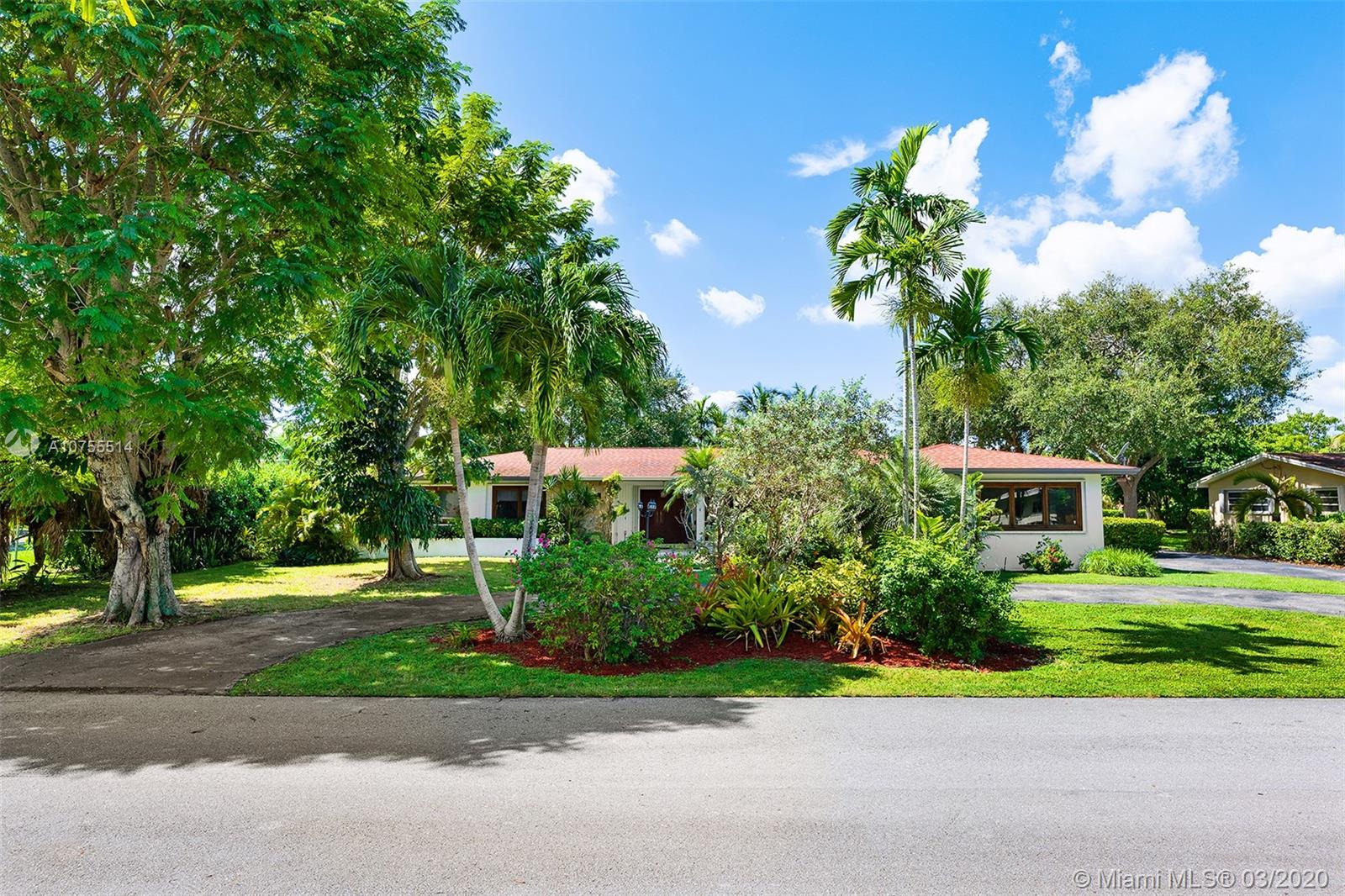 13840 SW 74th Ave  For Sale A10755514, FL