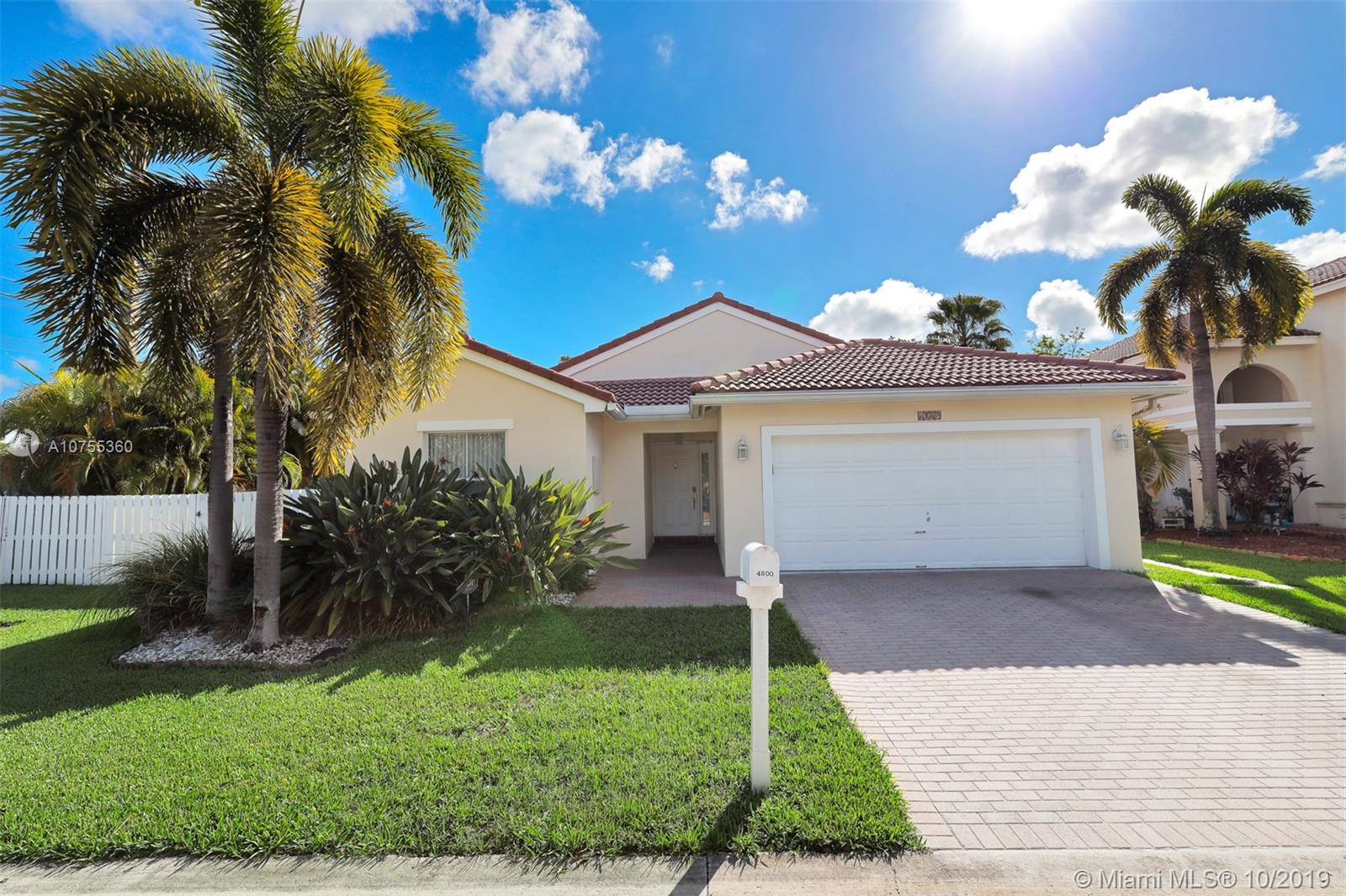 4800 SW 34th Ave  For Sale A10755360, FL