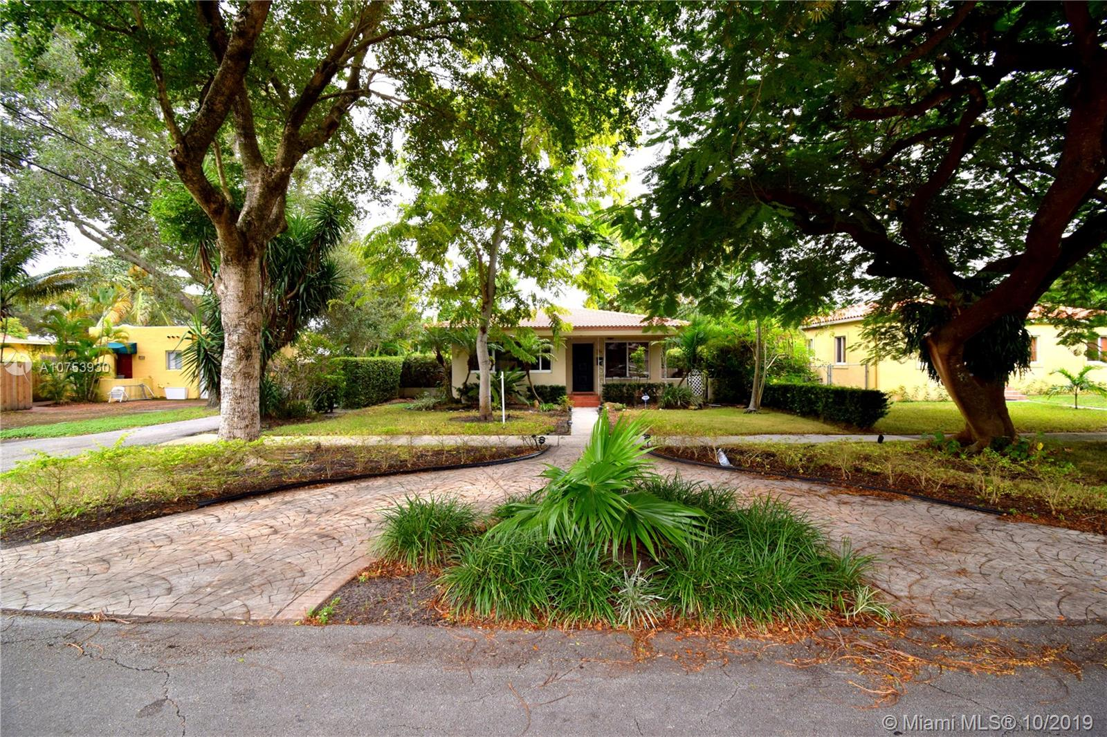 34 NW 98th St  For Sale A10753930, FL