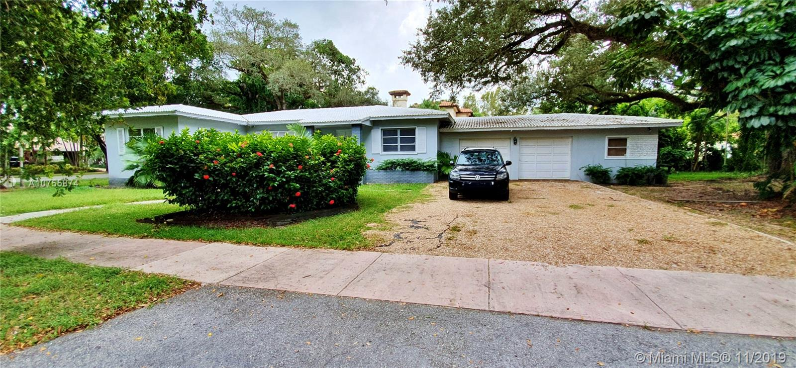 4900  Alhambra Cir  For Sale A10755874, FL