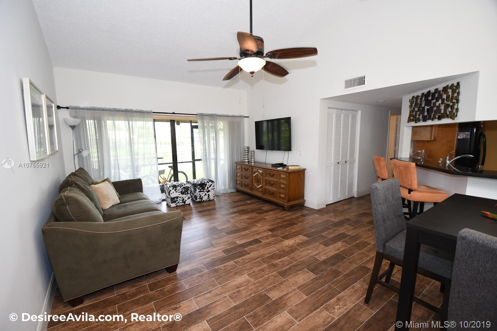 22 Via De Casas Sur 103, Boynton Beach, FL 33426