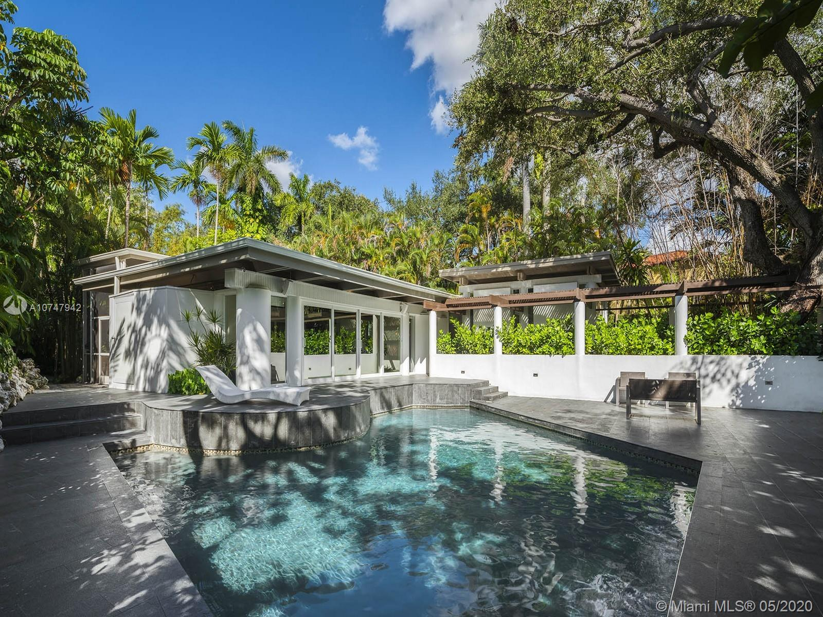 3330 SW 17 Avenue  For Sale A10747942, FL