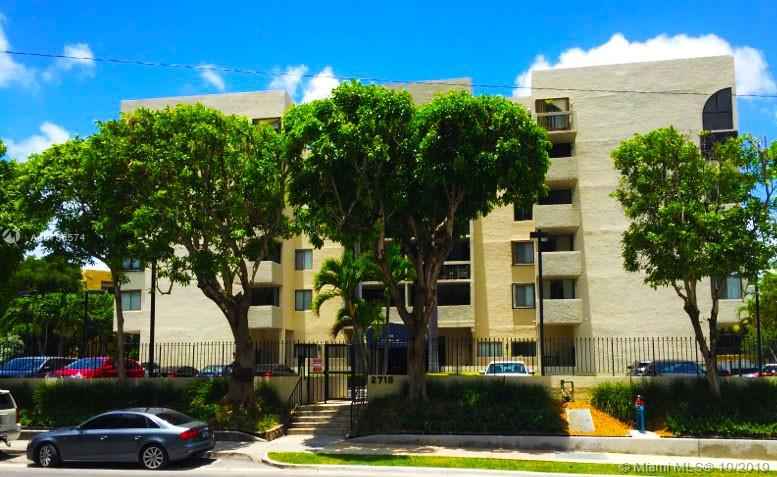 2715  Tigertail Ave #102 For Sale A10756574, FL