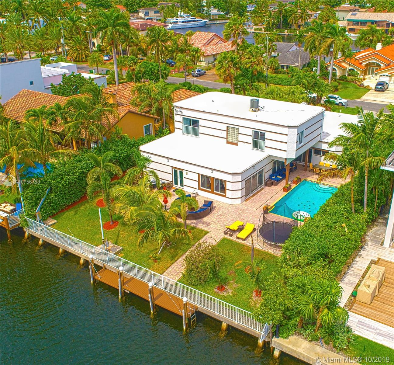 225  Holiday Dr  For Sale A10756758, FL