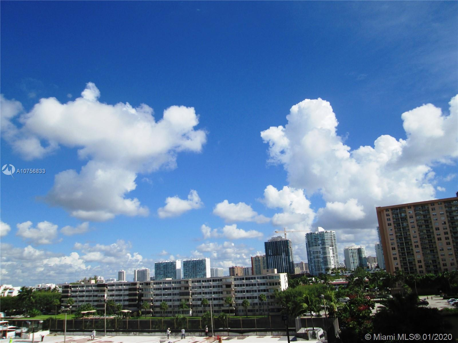 100  Bayview Dr #530 For Sale A10756833, FL