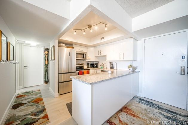 2715  Tigertail Ave #508 For Sale A10756934, FL