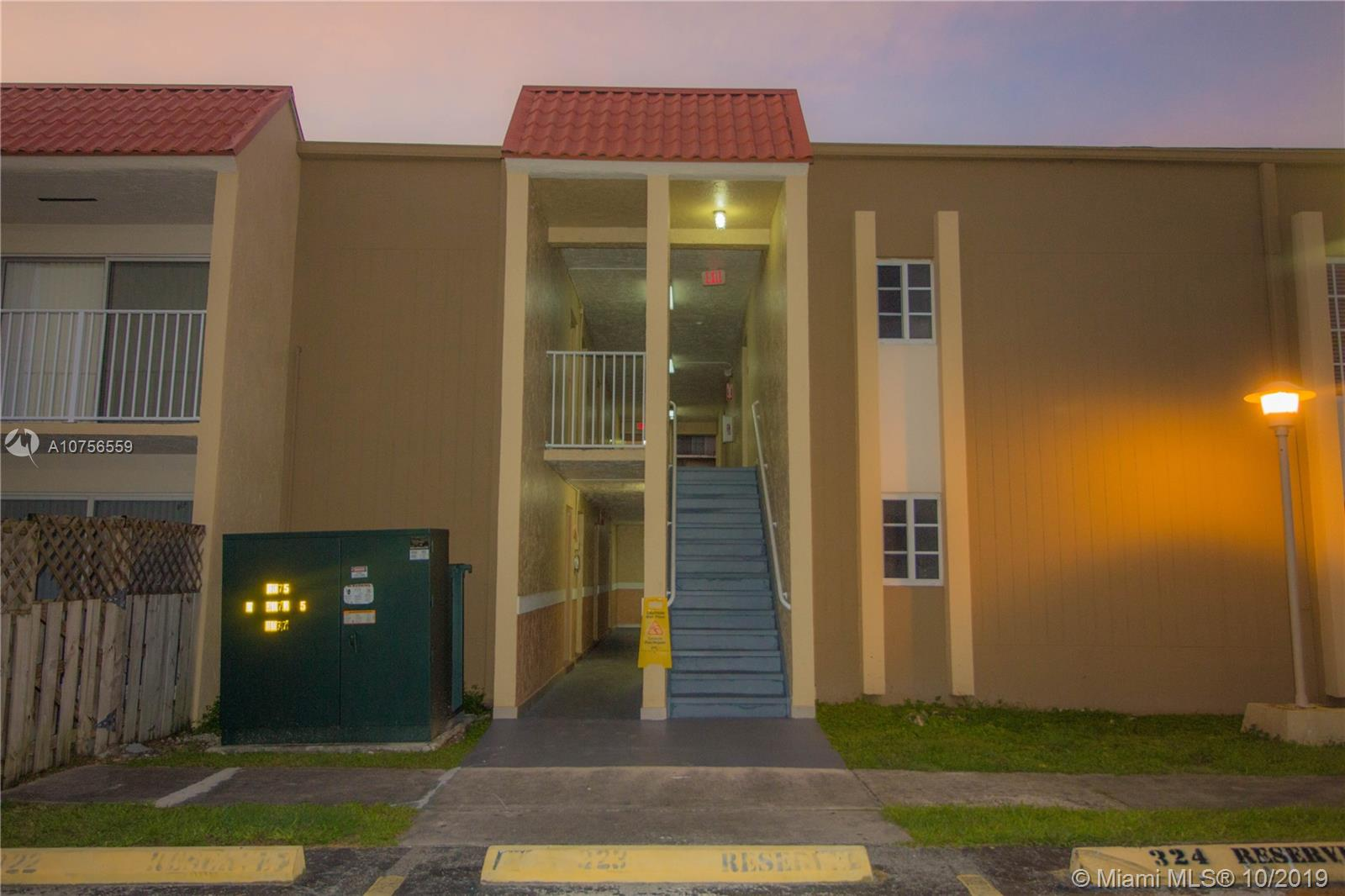 5241  Geneva Way #206 For Sale A10756559, FL
