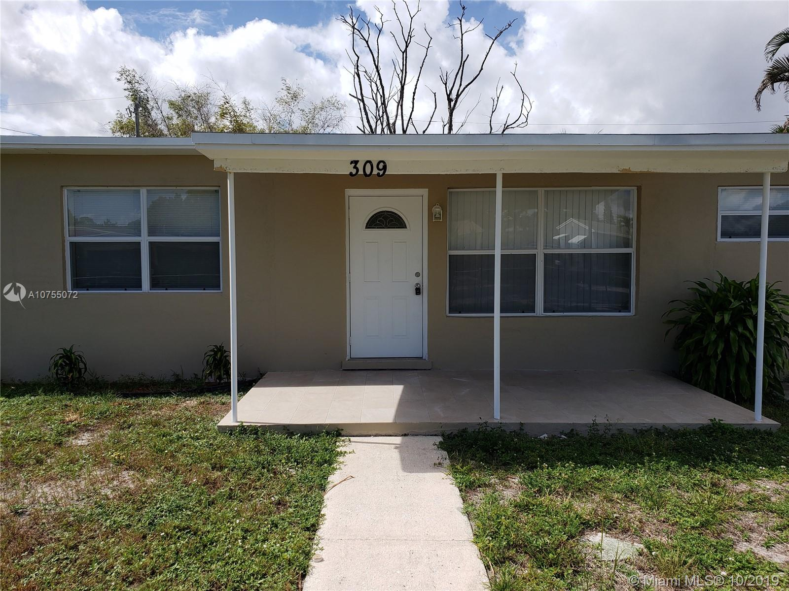 309 SW 25th Ave  For Sale A10755072, FL