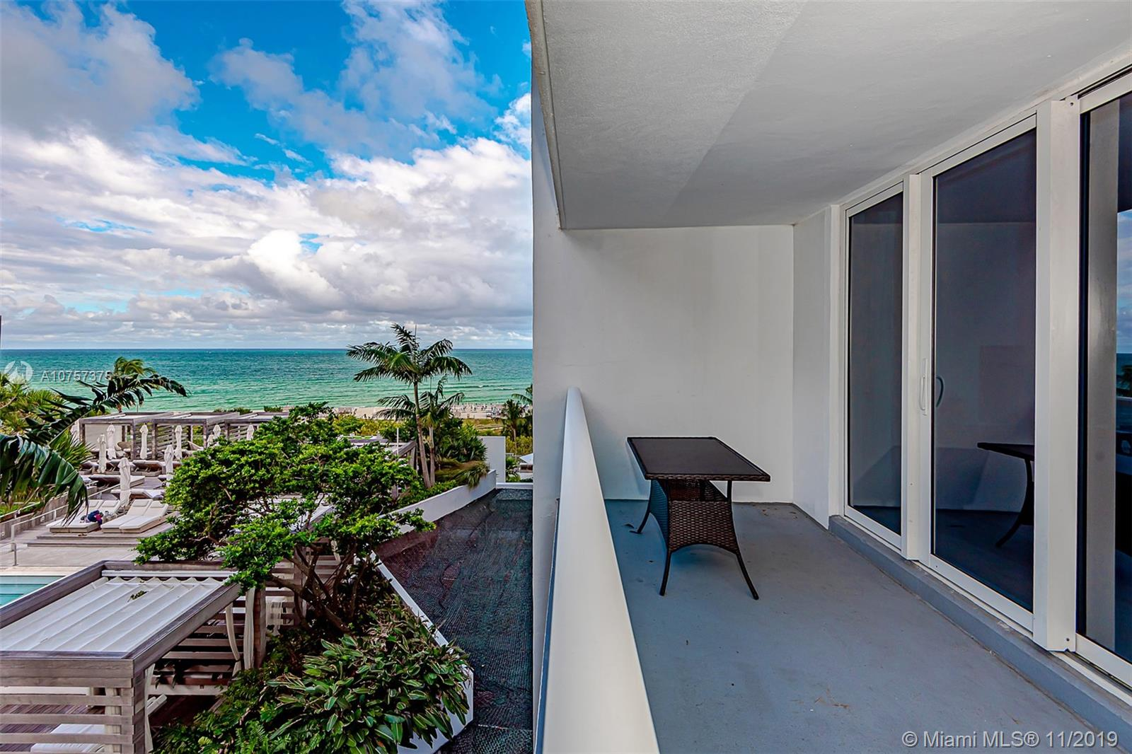 2301  Collins Ave #515 For Sale A10757375, FL