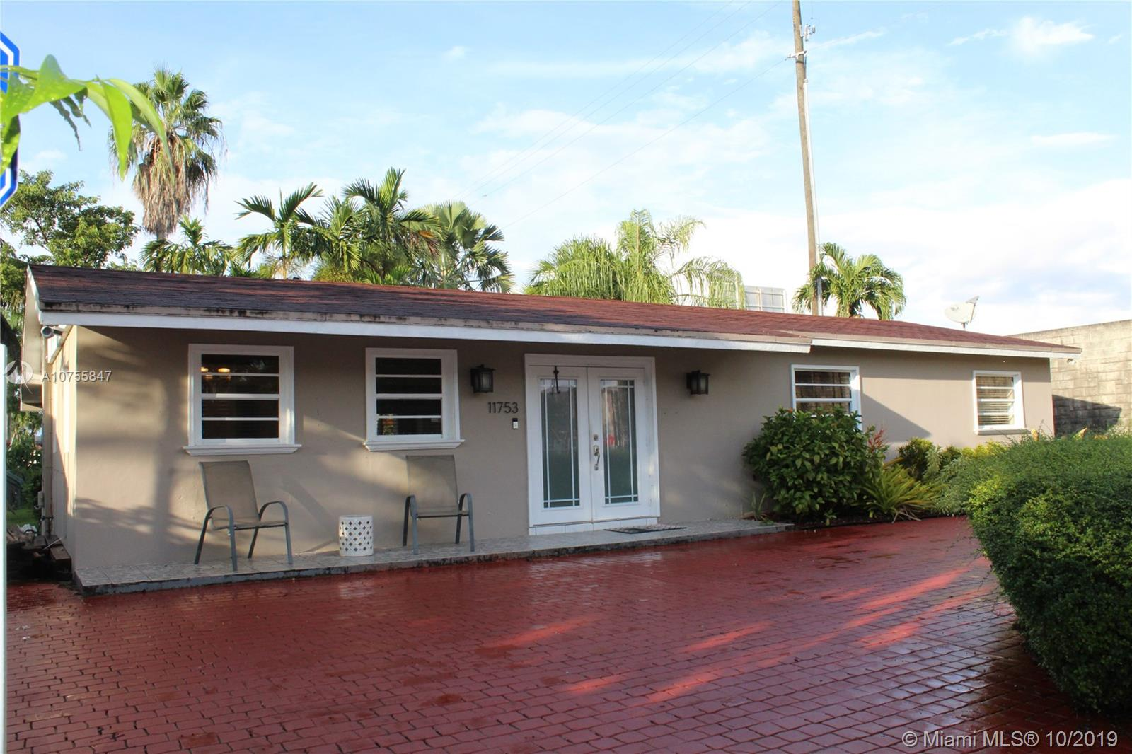 11753 SW 34th St  For Sale A10755847, FL