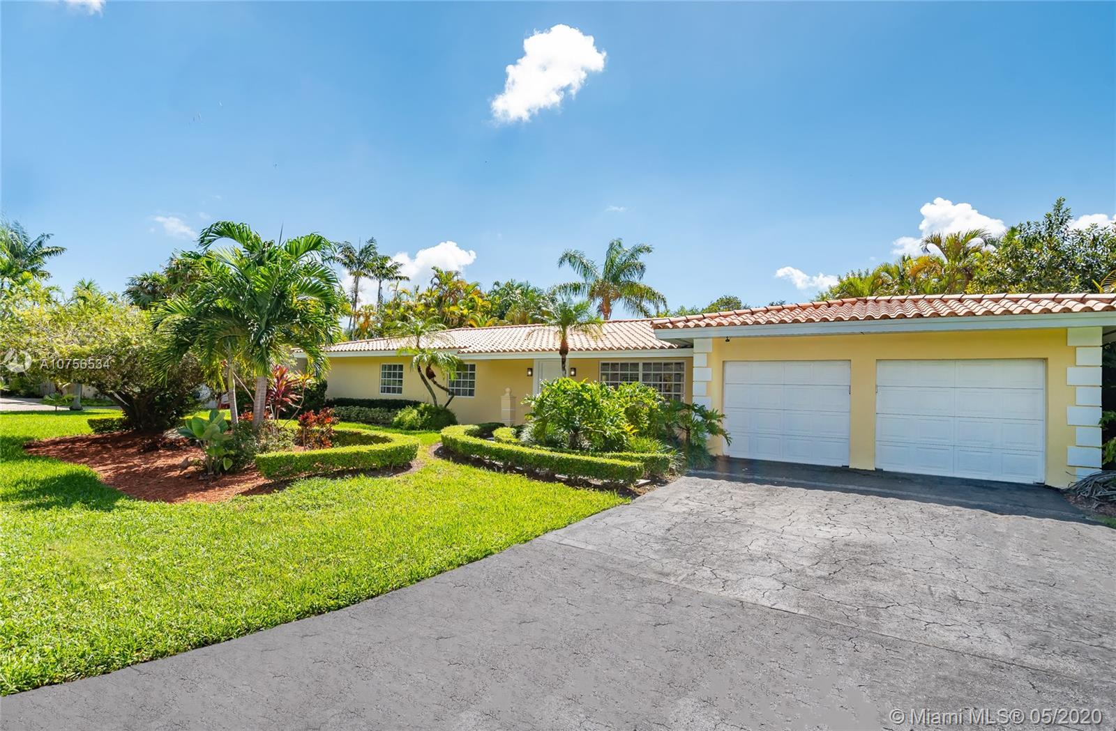 1360  Campamento Ave  For Sale A10756534, FL