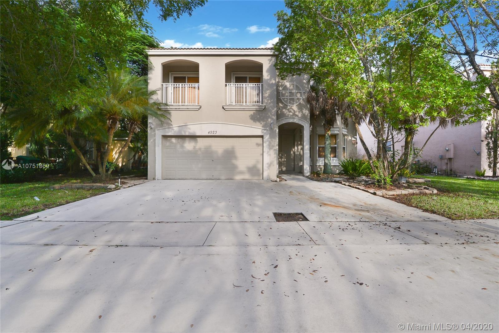 4923 SW 163rd Ave  For Sale A10751869, FL